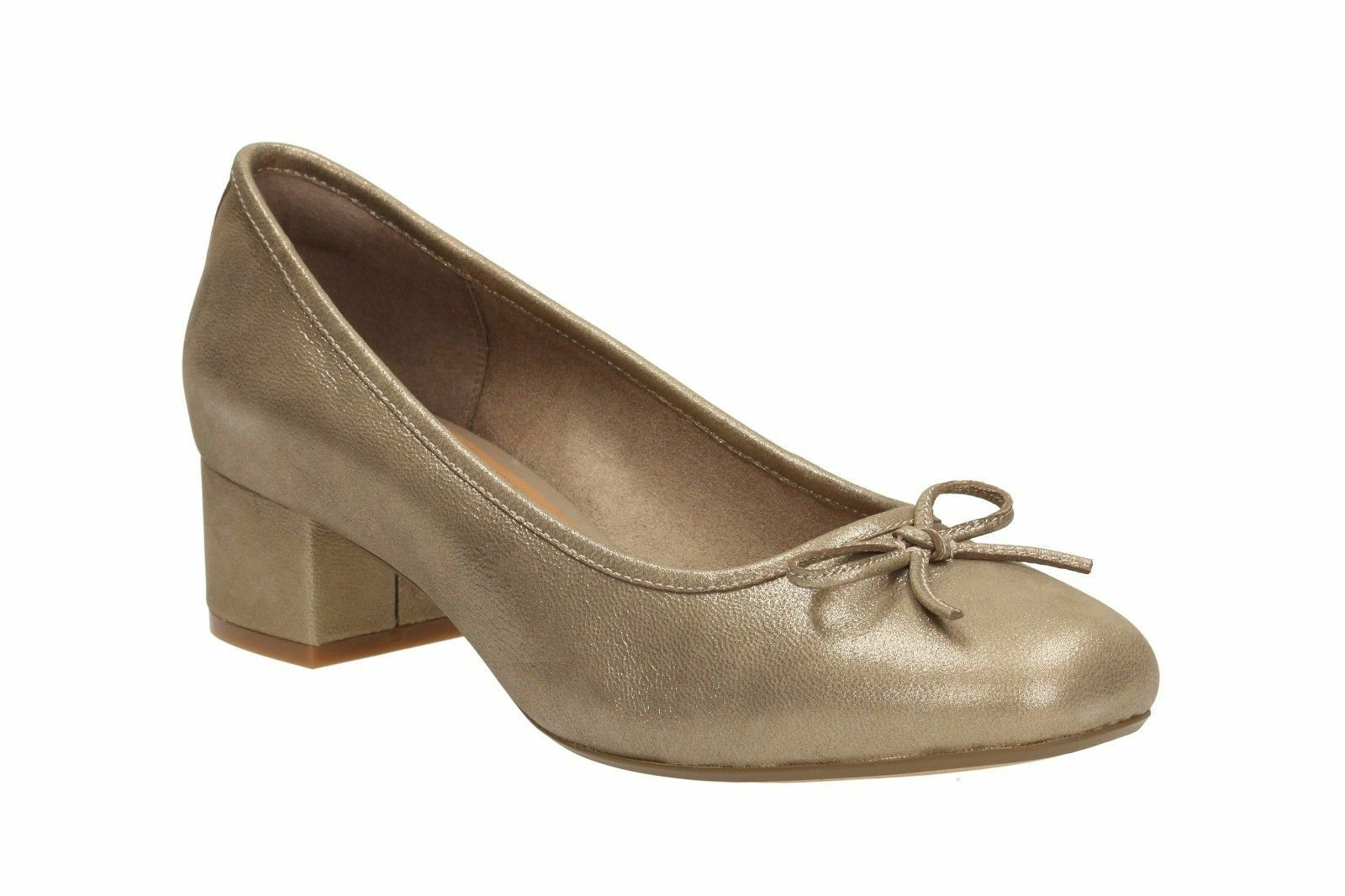 Clarks Women Cala Lucky Lucky Lucky gold Leather Low Heel Cushioned Slip On Court shoes D Fit a39466