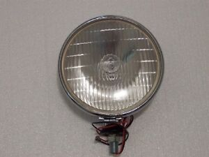 LUCAS-700SFT-DRIVING-LIGHTS-WITH-HALOGEN-BULBS-New-2