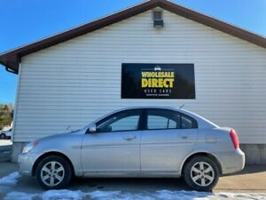 2010 Hyundai Accent AUX, CD, POWER LOCKS, KEYLESS ENTRY