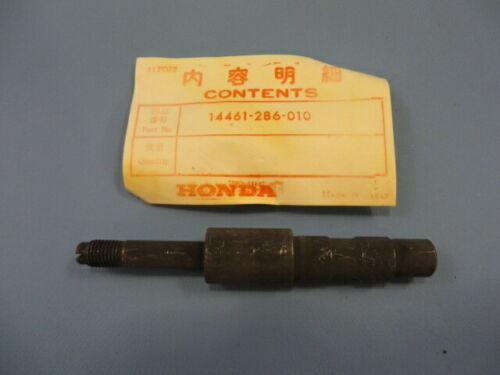 GENUINE Honda NOS 14461-286-010 VALVE