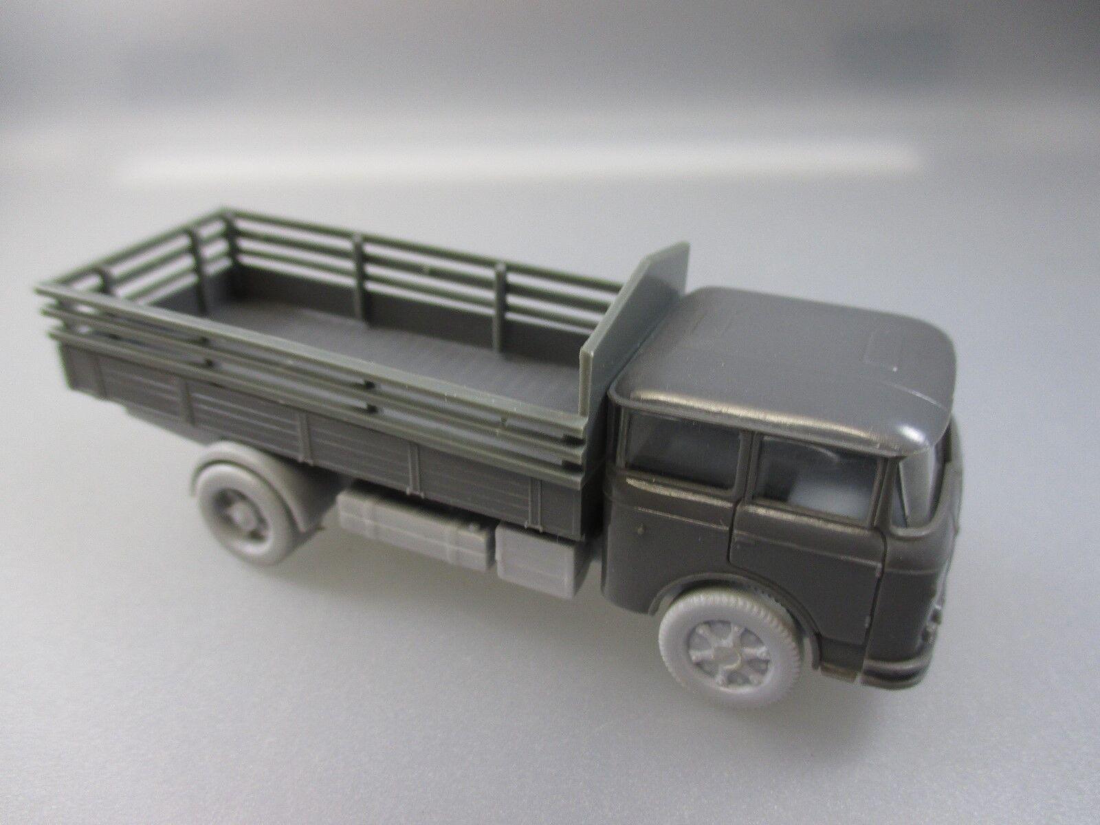 Permot  Espewe, DDR Modell,Skoda LKW, m. greyen Rädern, rar (Schub48)
