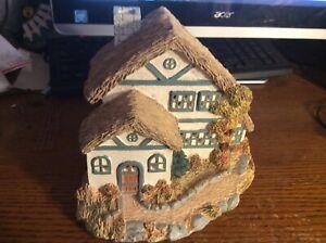 House-Of-Lloyd-Lighted-Cottage-House-Winter-Season-1993