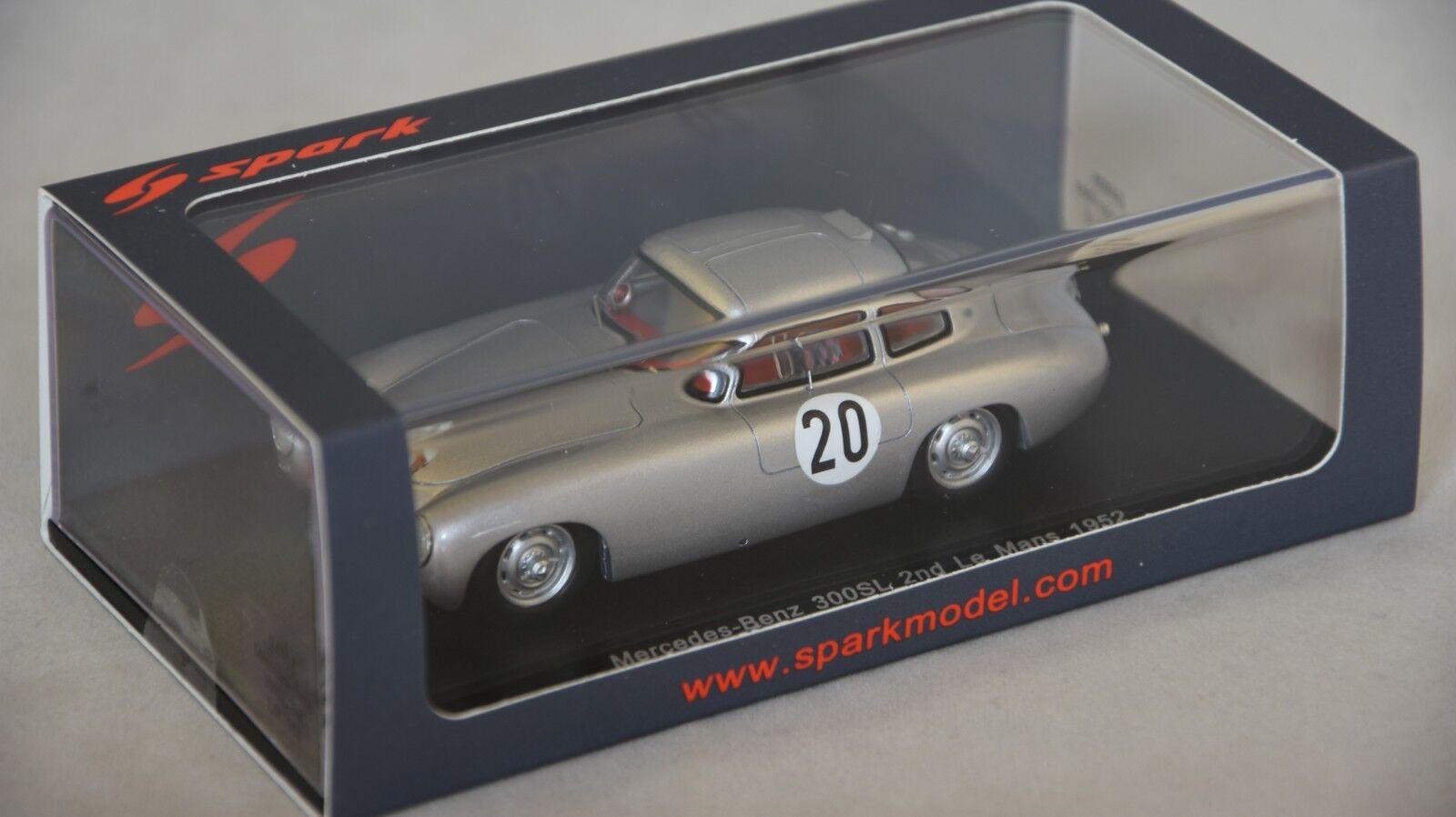 Spark S4408 - MERCEDES BENZ 300SL n°20 2ème Le Mans 1952 T. Helfrich 1 43