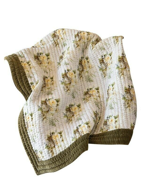 Victorian Trading Co Blooming pinks Quilt White with Yellow pinks