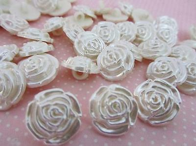 30 Pearly Rose Flower 15mm Pearl Plastic Shank Button/Sewing/princess/trim Sb35