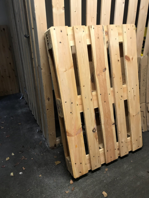 Euro Pallet 120x80x14cm, I have 2 euro pallets. The price…