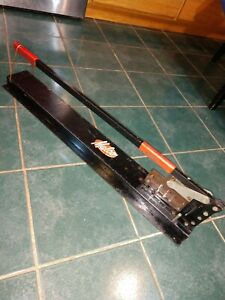 Malco compound leverage channel/steel stud shear used very little model SRC24A