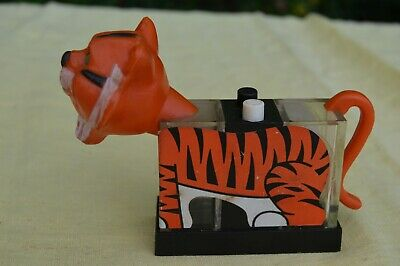 Push Button Salt Pepper Vintage Counter Display Salt Pepper Esso Tiger Salt Pepper Shaker Set Orange Tiger Whirley 1974
