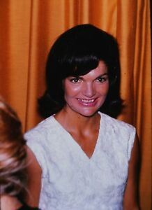 Details about JACKIE KENNEDY ONASSIS - Us First Lady - Orig  Vintage  PORTRAIT Photo - 1970's