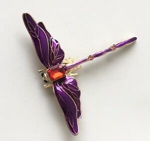 Dragonfly-brooch-in-enamel-on-metal