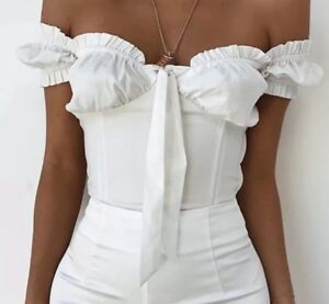Off-The-Shoulder-Corset-Style-Blouse