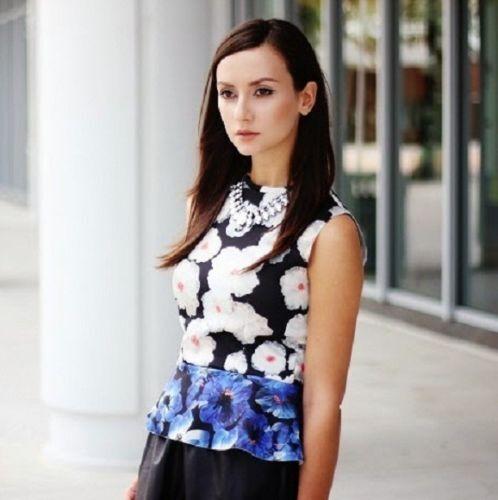 Zara Bloggers Blaumenmuster Sommer Top mit Schößchen Größe