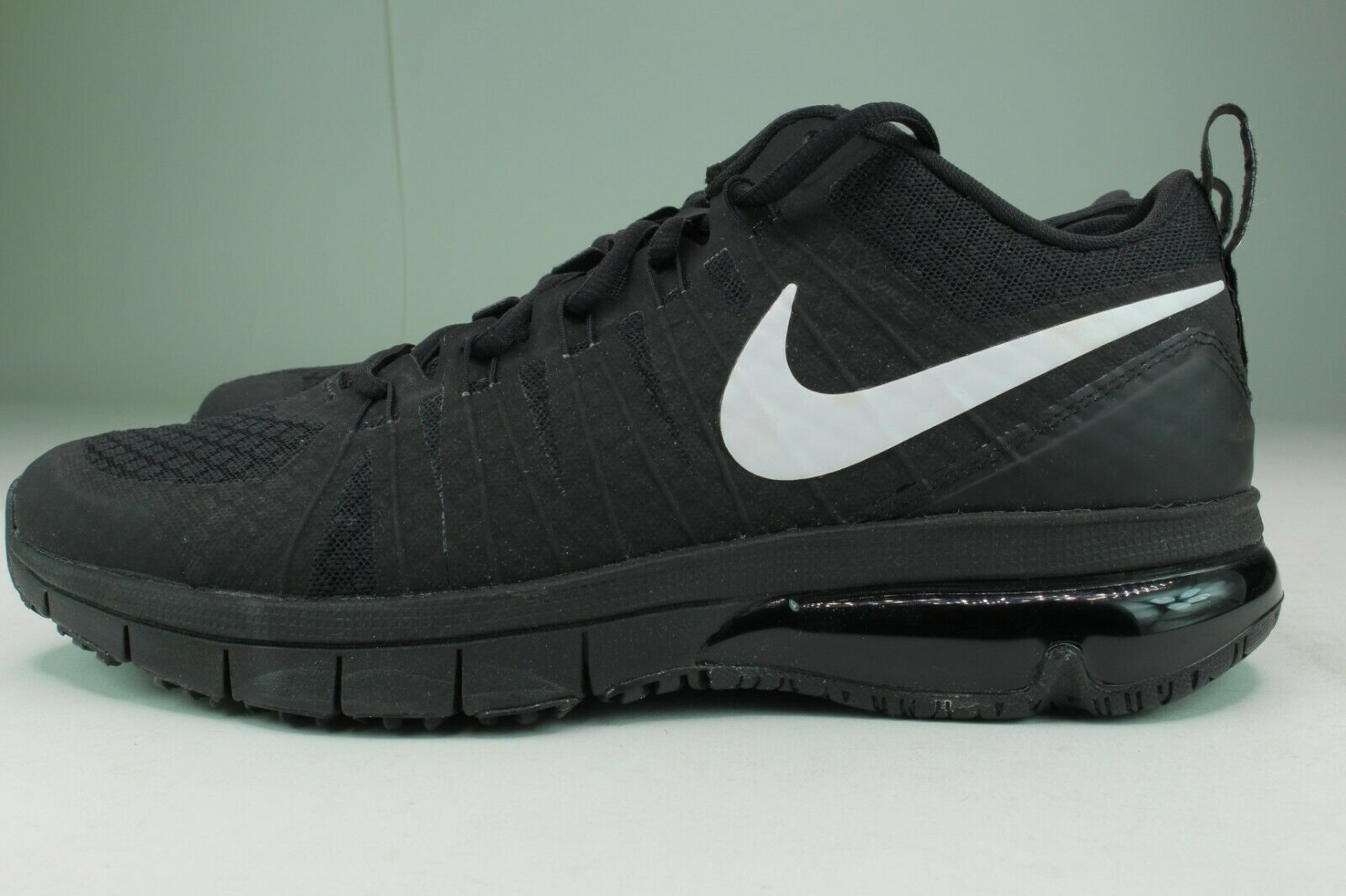 NIKE AIR MAX TR180 TB MEN Taille 8.5 noir blanc NEW RARE STYLISH AND COMFORTABLE