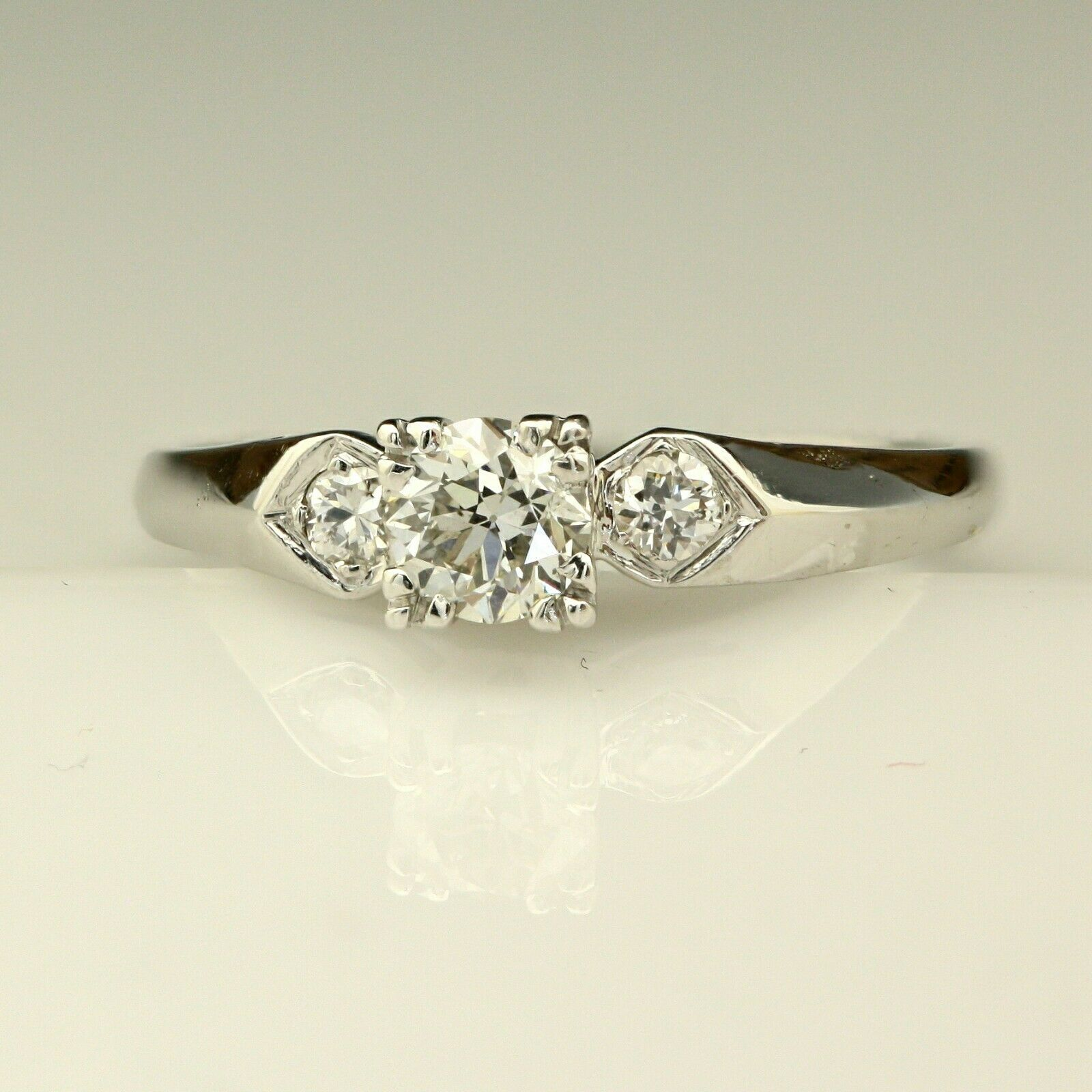 Mid Century 1 2ct Diamond Old European Platinum Engagement Ring 4.3g Size 9