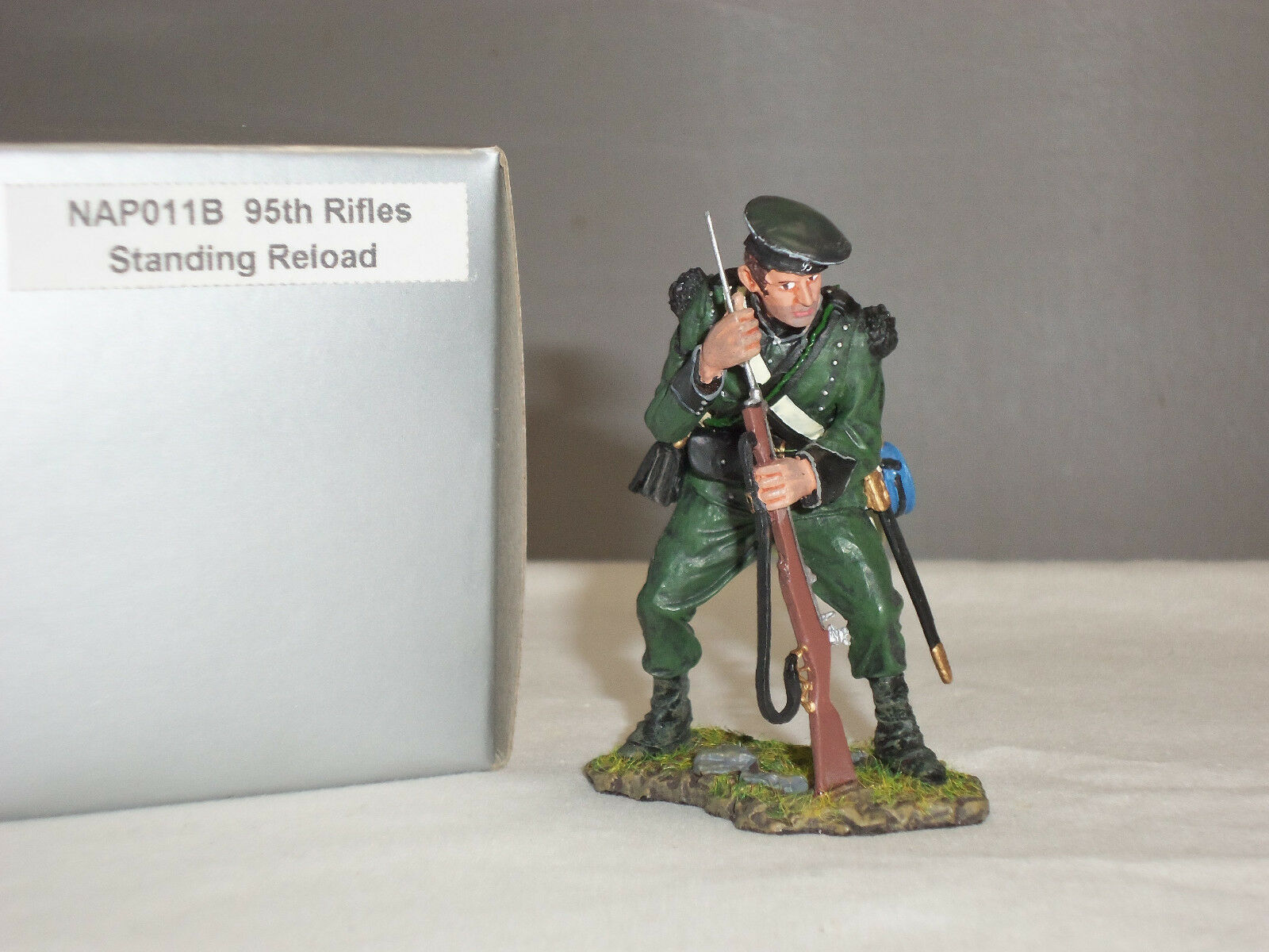 THOMAS GUNN NAP011B BRITISH 95TH RIFLES STANDING RELOADING METAL TOY SOLDIER