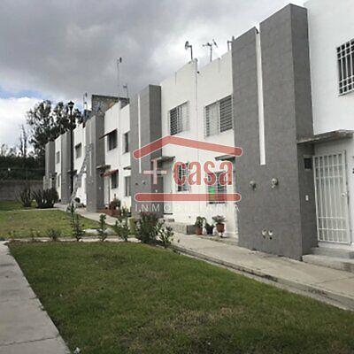 Casa Los Heroes en condominio, cercana al Aeropuerto