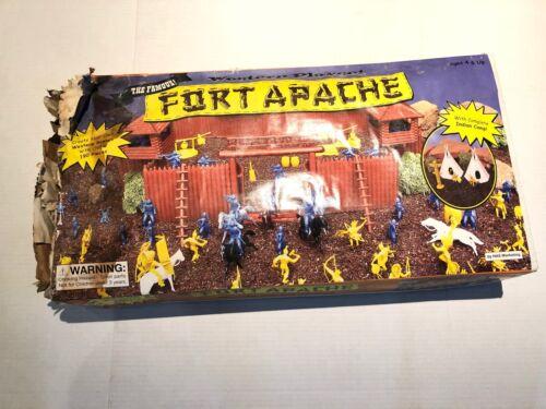 E760A Vintage Movie Poster Chainsaw Halloween Dollhouse Miniature 1 Pc