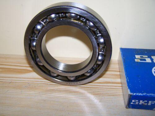 NEW Mercedes Unimog 404 411 Portal Box Bearing # 111