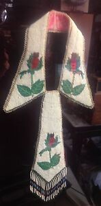 Image is loading Blackfoot-Beaded-Tie-With-Collar-Rare-Roses-Montana- 7ab73630cea03