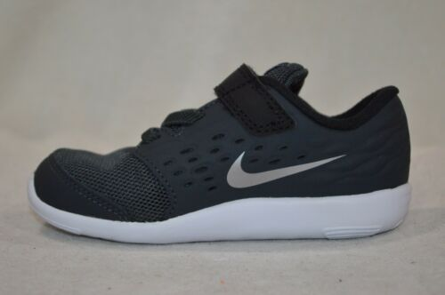 TDV Assorted Sizes NWB Nike Stelos Anthracite//Silver Toddler Boy/'s Shoes