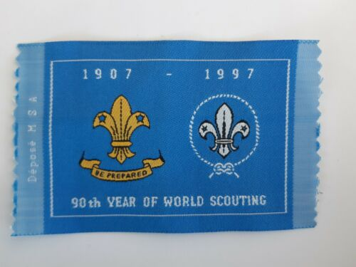 in69  INSIGNE SCOUT 90th YEAR OF WORLD SCOUTING 1907-1997 HABAY LA NEUVE