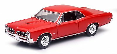 NEW RAY 1966 PONTIAC GTO HARD TOP 1/24 DIECAST CAR RED NEW 71853A
