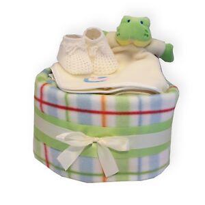 Unisex-Baby-Nappy-Cake-Gift-Set-for-Boy-or-Girl-Baby-Shower-Maternity-Present