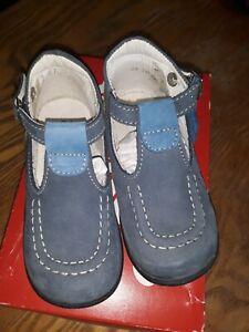 Détails sur Chaussures sandales enfant garçon fille Kickers taille 24 NEUF