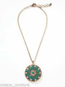 a55c46493792 La foto se está cargando Amrita-Singh-Turquesa-Y-Blanco-Jade -Colgante-Medallon-