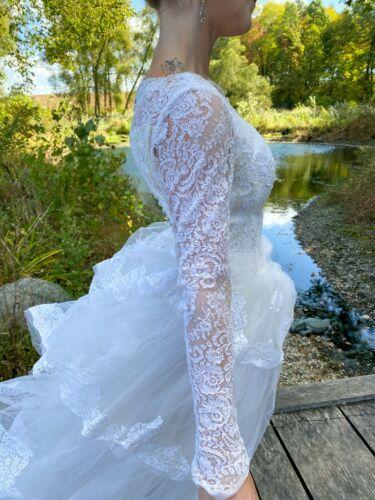 1950's Vintage Wedding Dress Lace w/Juliet Cap & … - image 1
