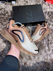Dettagli su Nike Air Max 720 UK 10 GranoNero Club oro