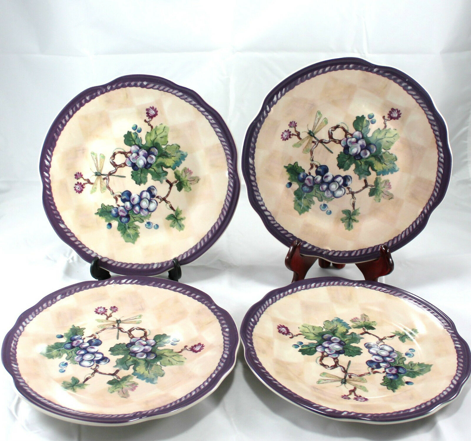 Tracy Porter Plate Dream Delicious Claret Collection Grapes Leaves Dragonfly 4Pc