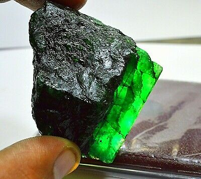 525 Cts Rare Found Colombia Emerald Uncut Stunning Gemstone With Free Shipping  | eBay