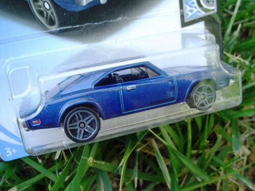 Details about  /BLUE  /'69 Dodge Charger 500 2019 HW Rod Squad 80//365 New in Package! FYD94