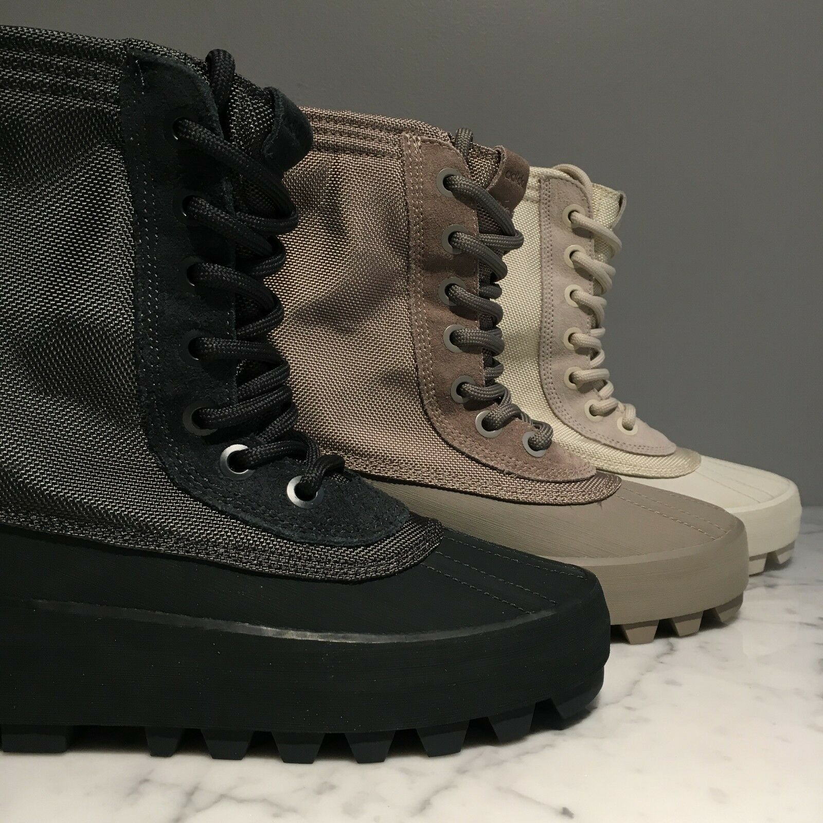 competitive price bdbe4 c985b aliexpress yeezy 950 boost nero screen 62ab7 5421a