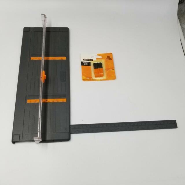 Style G 195990-1001 Fiskars Trimmer Replacement Blades Cut//Score