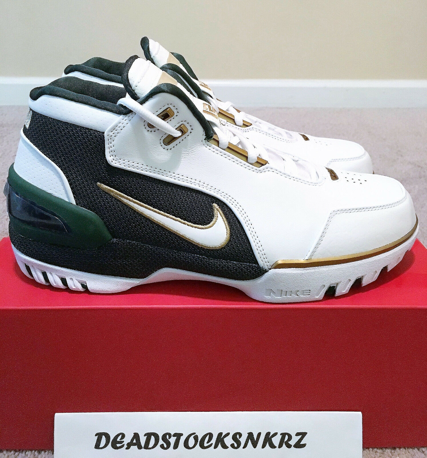 Nike Air Zoom Generation SVSM LeBron 1 St Vincent St Mary AO2367 100 Sz 8-9.5
