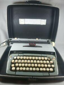 Smith-Corona Galaxie Twelve XII 12 Vintage Typewriter 2 Tone Gray with Case READ