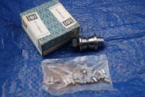 Genuine-NOS-new-old-stock-VW-Splitscreen-bay-steering-box-peg-and-bearing-kit