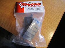 TRAXXAS BOX BATTERY GREY ADHESIVE FOAM CHASSIS PAD CHARGE JACK PLUG 4925X