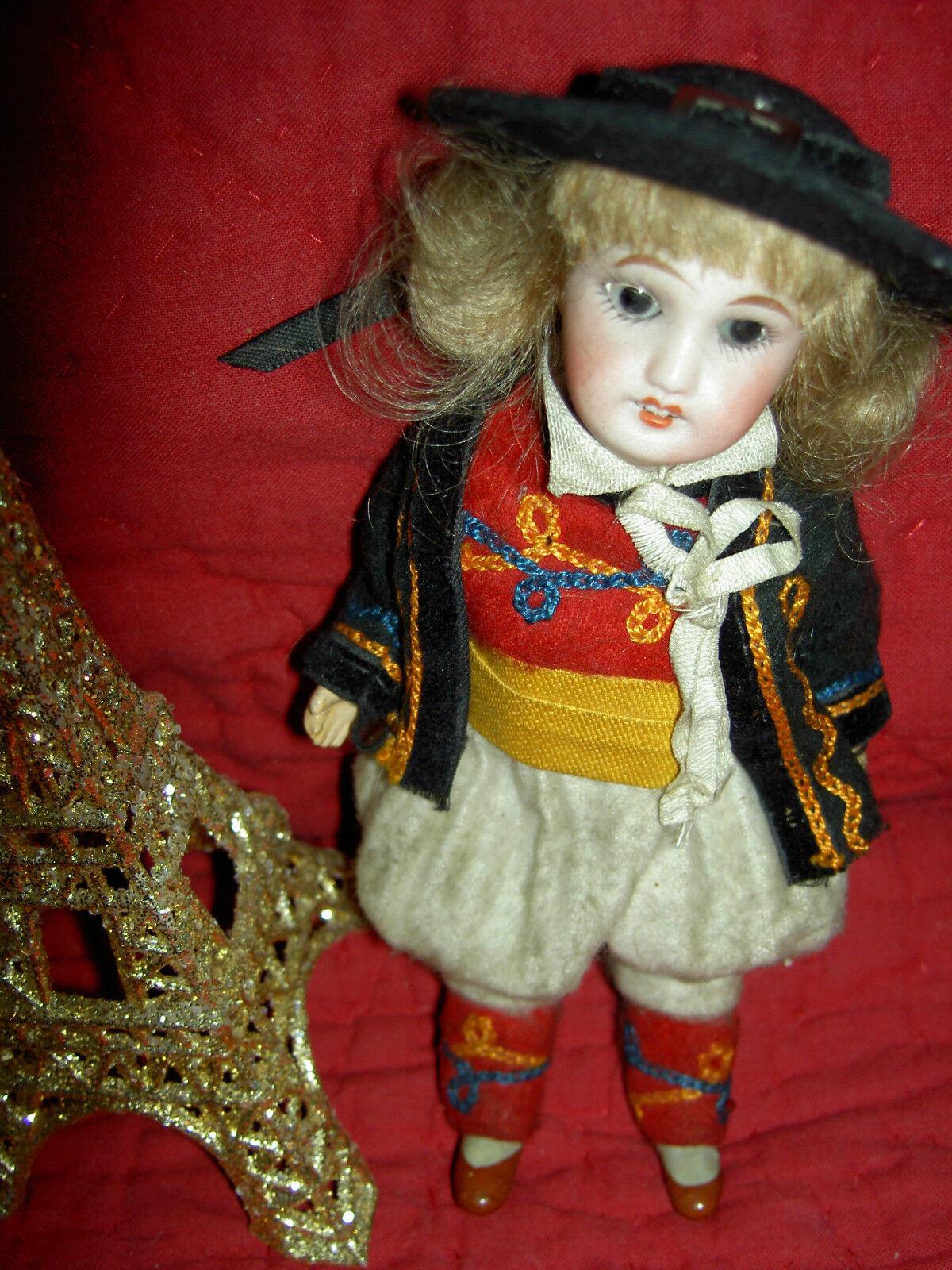 Antique bisque UNIS France 301 boy bambolahouse Dimensione bambola,  orig. wonderful costume  il più alla moda