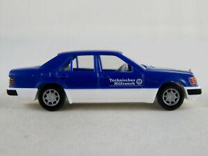 Wiking-069315-mercedes-benz-320-e-Limousine-1993-034-THW-034-1-87-h0-buen-estado