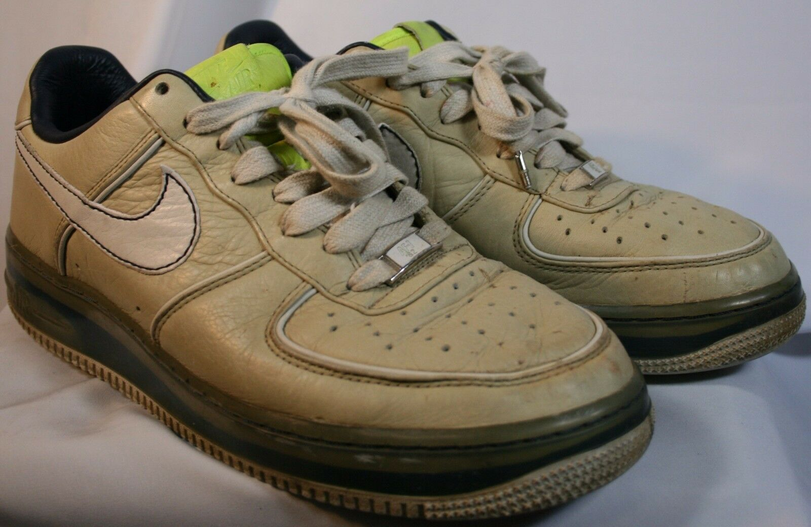 Nike Mens Shoes Af-1 82 Size 10 Good Condition Look at the Pictues