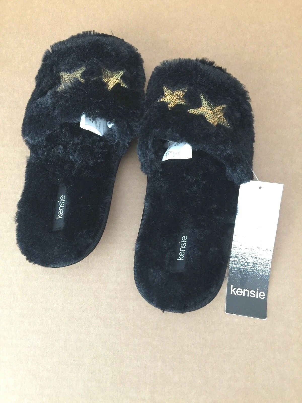 New Kensie Women Two (Sizes Small or Medium) Two Women Stars Slippers 100% Polyester Black d88268