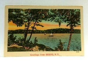 Berne-New-York-Greetings-Lake-Sailboats-Vintage-Postcard
