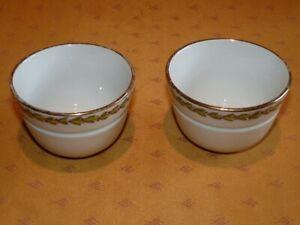 Lot-2-petits-bols-anciens-en-porcelaine-epaisse-La-Tasse-Pratique-modele-Londres