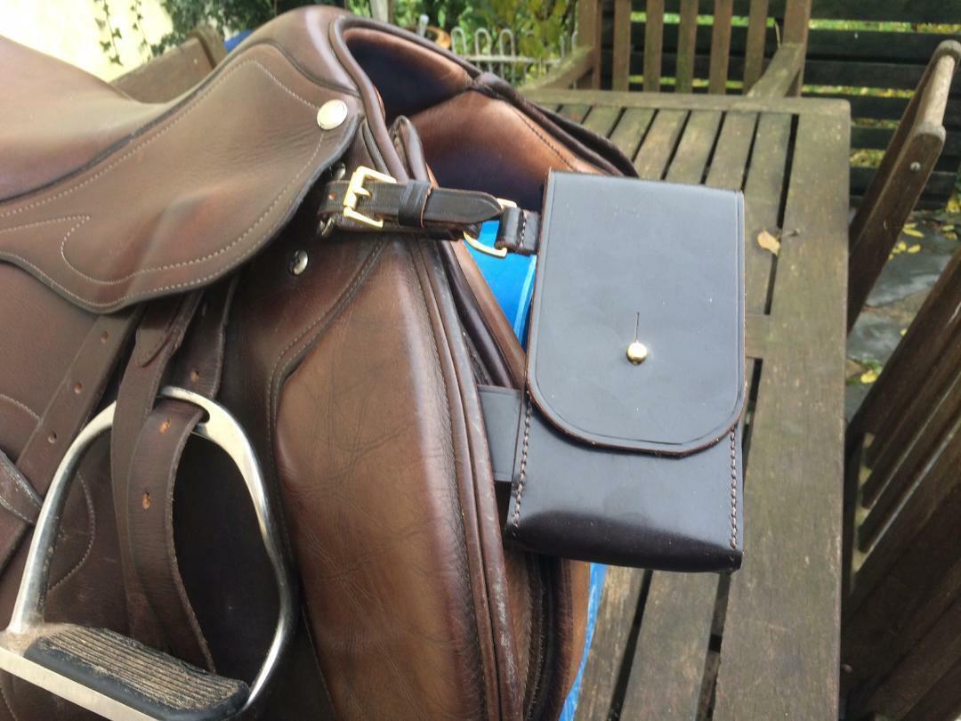 Saddlebag - Handmade English Leather Saddle Bag   Box - Dark braun