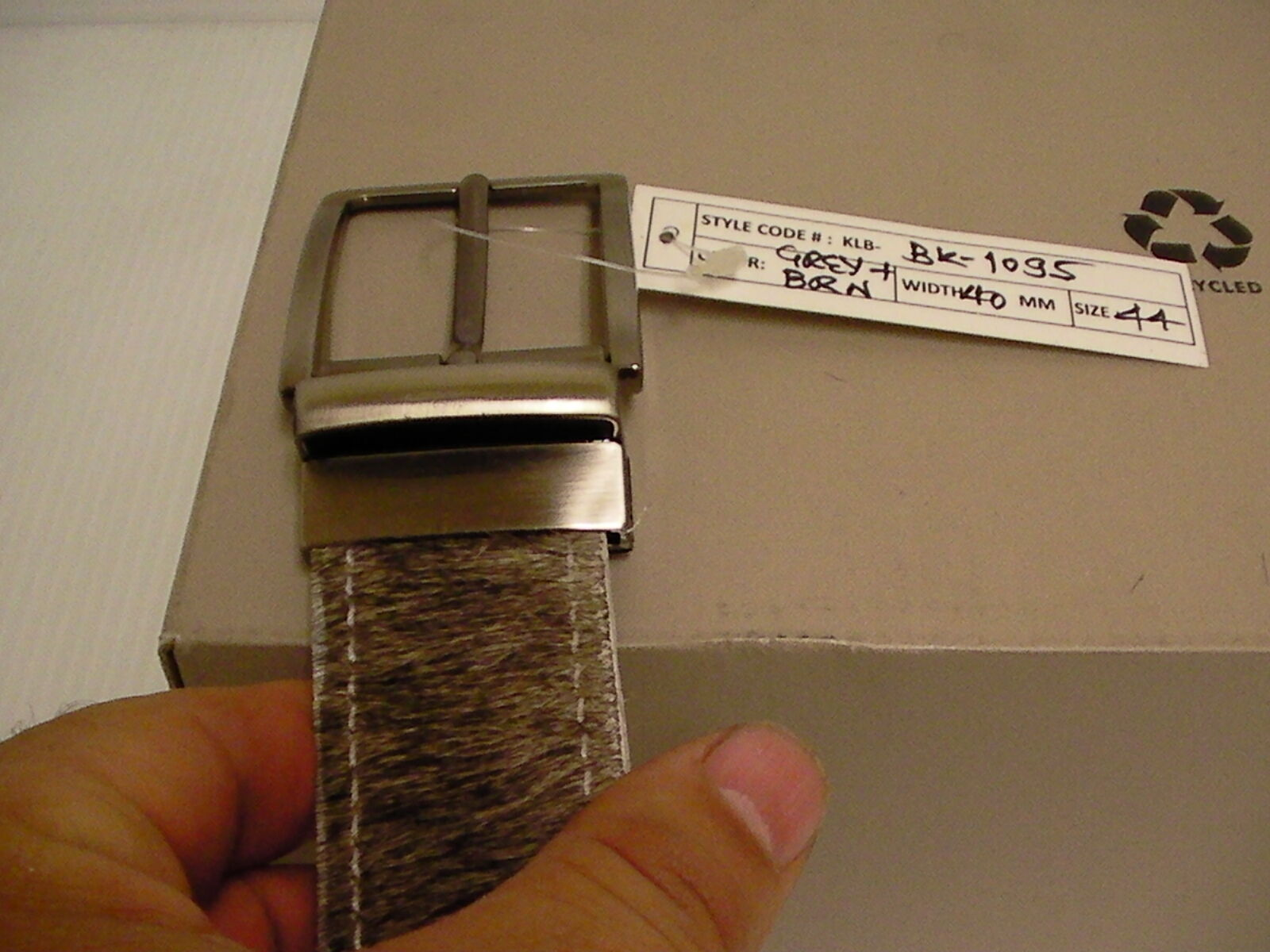 Echt Rindsleder Haare Leder Wendbarer Gürtel Graubraun Größe 91.4cm 91.4cm 91.4cm Länge Neu | Spezielle Funktion  e3f652