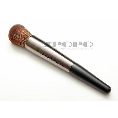URBAN DECAY Pro Collection Optical Blurring Brush F-105 100% Authentic RRP$32