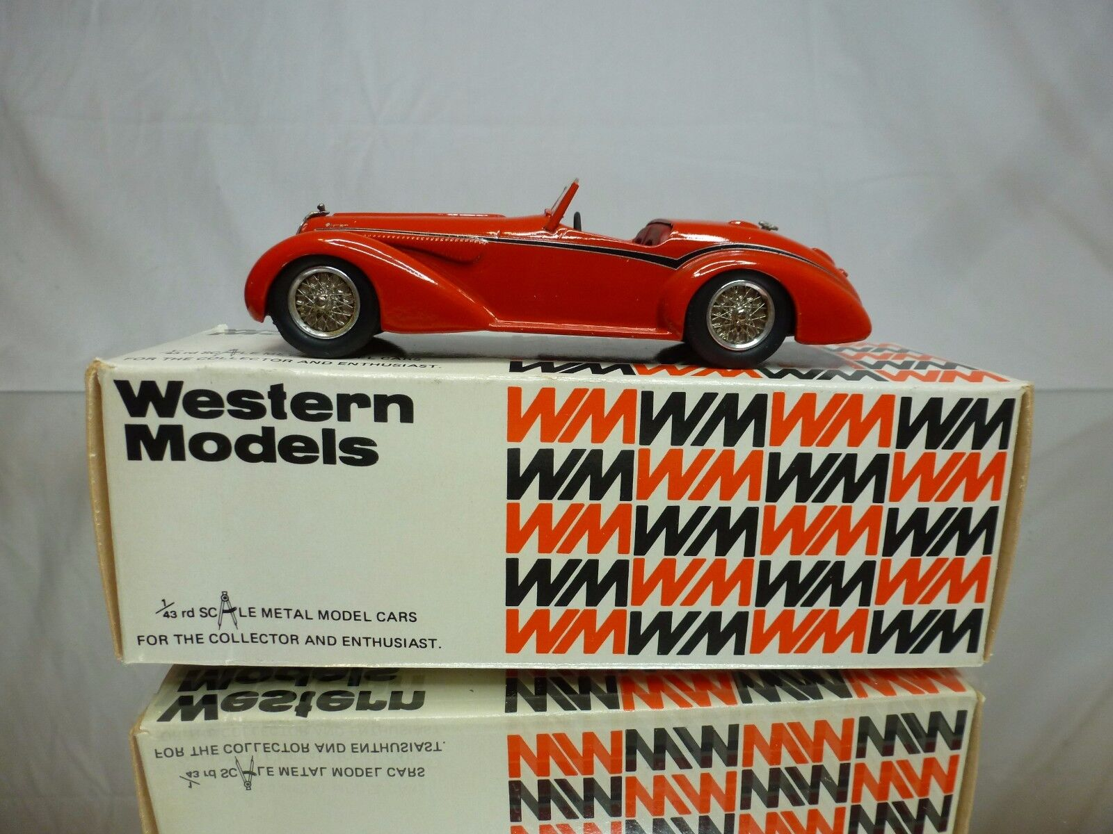 WESTERN MODELS WMS33 KIT  built  ALFA ROMEO 8C 2900B SPIDER by TOURING - 1:43